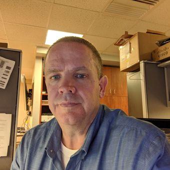 Dennis Hubert